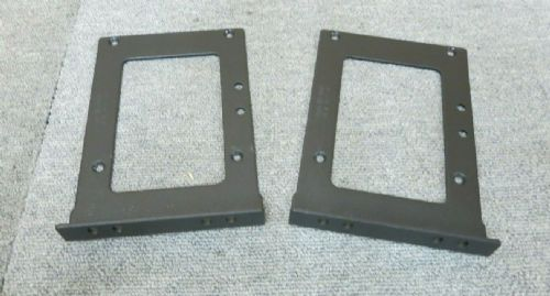 APC 870-11548A Pair Of Smart-UPS 3U Rack Mount Ear Brackets Kingfisher No Screws